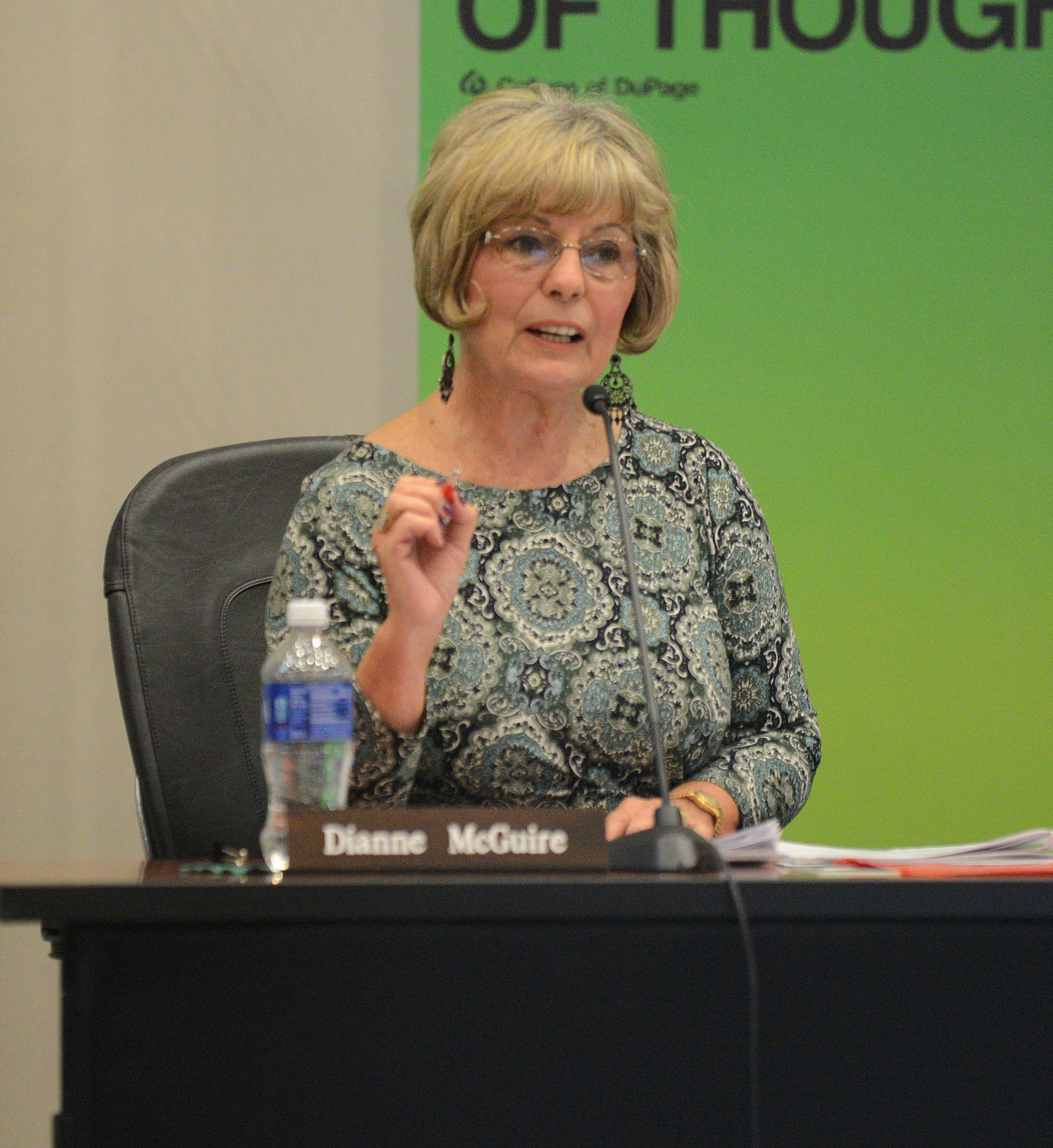 College of DuPage trustee: I wasn't pushing for Breuder return