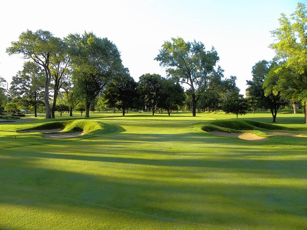 Ravisloe Golf Club has been a Chicagoland gem since 1901. It was opened to the public in 2009.