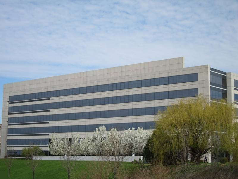 Edward-Elmhurst Health plans to relocate its corporate operations to the former Navistar headquarters building in Warrenville.